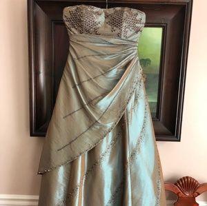 Jovani dress size 12 iridescent